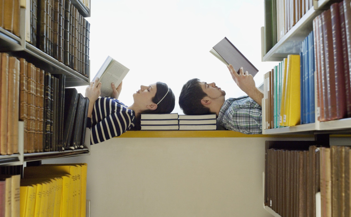 Student's reading in a library